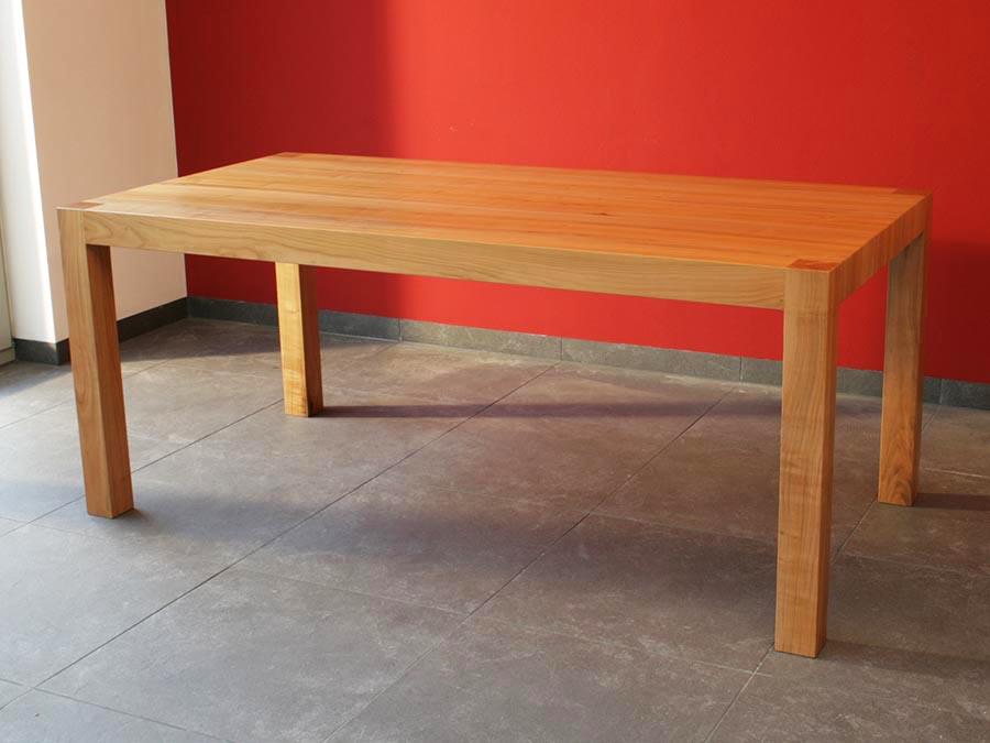 Esstisch aus kirschholz elmendorff design handwerk for Esstisch kirschholz